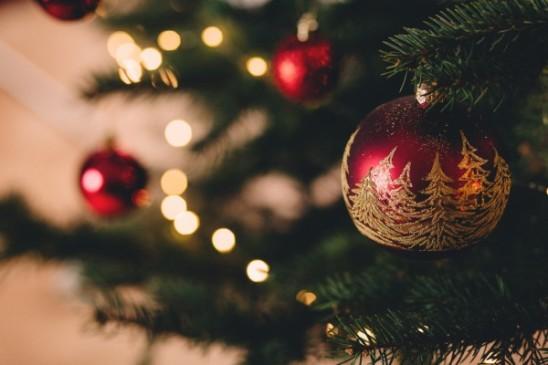 Taa-Services-Pour-briller-de-mille-feux-à-Noël-passez-au-pressing